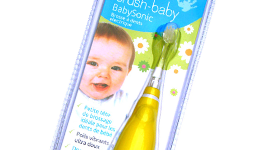 Claire a testé la Brosse à dents électrique Brush Baby Baby Sonic
